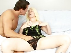 tegan riley unfathomable mouths a cock for the st