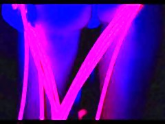 hawt blonde copulates her arse with a glowstick