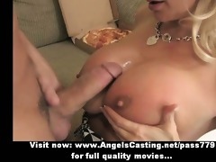 hot blond d like to fuck does blowjob for pizza