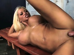 large milf mangos bounce whilst she is copulates
