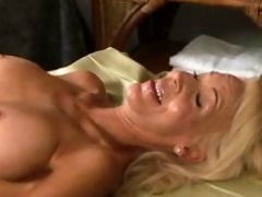 d like to fuck and mature lesbian babes 5