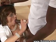 brit older chick sucks on penis