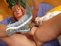 older redhead bangs her loose fur pie