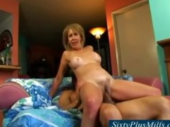sixty year old bushy yummy muff cumming hard