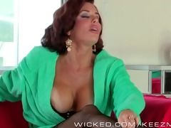 veronica avluv can james deens sales pitch