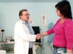 elder pierced cum-hole woman bizarre pussy exam