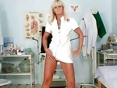 older frantiska muff gaping in nurse uniform at