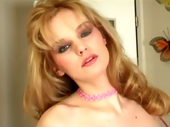 breasty d like to fuck in a bra pants and nylons