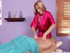 massaggio con ingoio