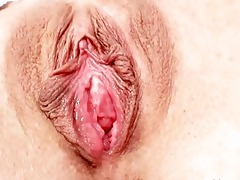 sexy golden-haired milf acquires her cum-hole