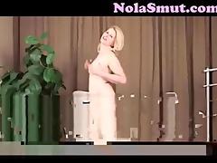 non-professional older d like to fuck striptease