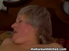 lady receives fuck