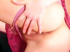 d like to fuck masturbates in nylons