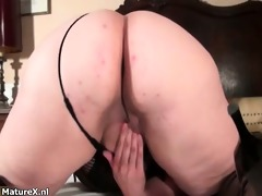 naughty plump woman acquires slutty fingering her