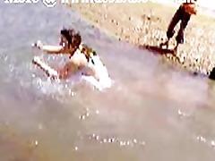 pakistani sindhi karachi aunty bare river bathroom