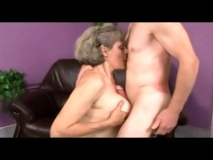 granny plays with old stud by troc