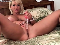 dilettante blond plays with sex-toy