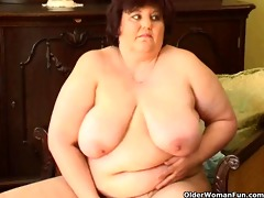 bulky granny with big billibongs bonks a sextoy