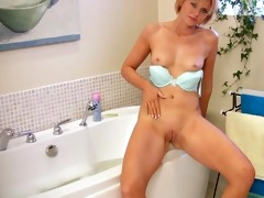 outstanding mother i housewife masturbation