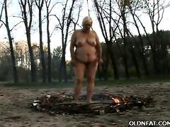 fat gilf enjoys outdoor sex
