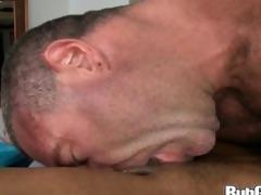rubgay muscule dude