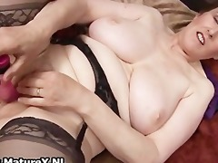 thick grandma with hot darksome nylons part2