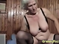 real granny copulates like a youthful cutie