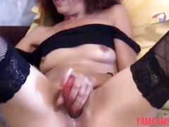 sexy hawt slim mature d like to fuck plays
