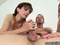 hawt mature nylons hoes suck on knob