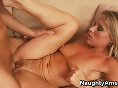 sexy d like to fuck takes advantage of her guest