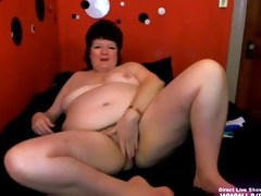 aged big beautiful woman trish masturbates her