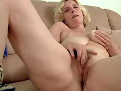 curly mature with saggy mangos dildoing by troc