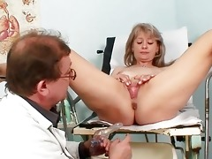 hawt golden-haired mother i acquires her snatch