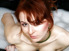 soaked d like to fuck pleasuring herself in baths