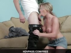 sexy mother i golden-haired brianna brooks sucks