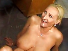 cum swallowing mother i doxy with large scoops