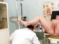 naughty chubby woman goes crazy getting her part2