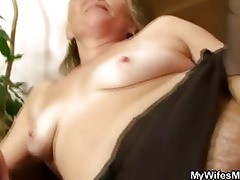 lascivious granny opens bushy slit for hawt