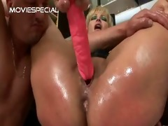 older d like to fuck receives asshole fucked