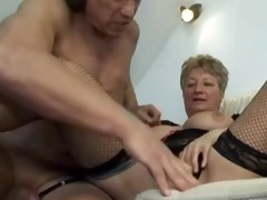 blond shorthair large pretty woman-granny fucked