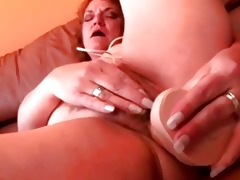 chunky older granny sextoy fucking her twat