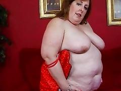 older overweight momma in corset sticks sex-toy