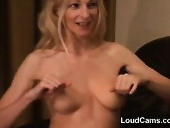 blond d like to fuck playing with her nipples