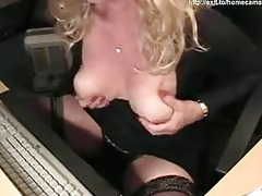 65 years perverted mommy silvia plays for cam