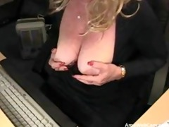 67 years perverted mamma silvia plays for livecam