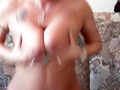 sexy mother i finishes her masturbation session