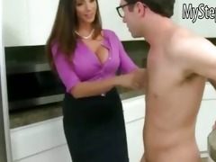 callie cyprus caught her bf fucking her stepmom
