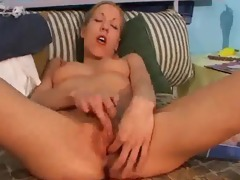 sue fingers and dildos her juicy cum-hole